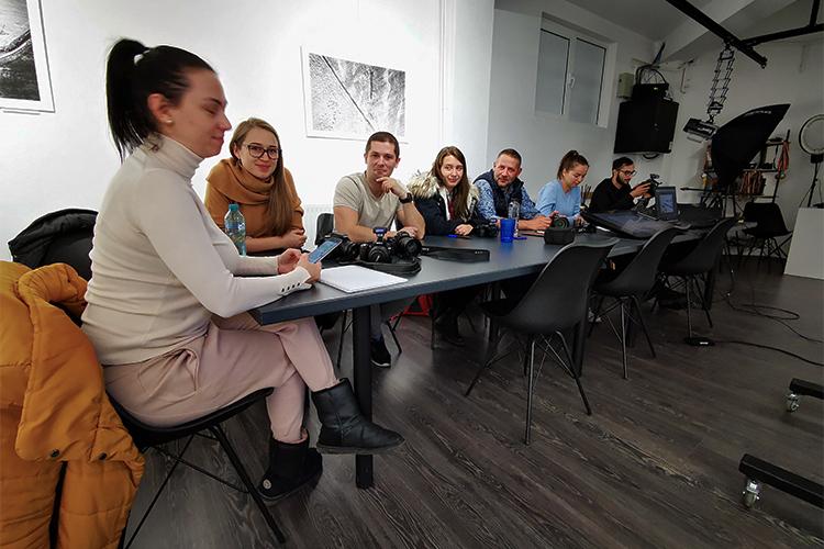 grupa-7-Studio - Curs de fotografie Galatia